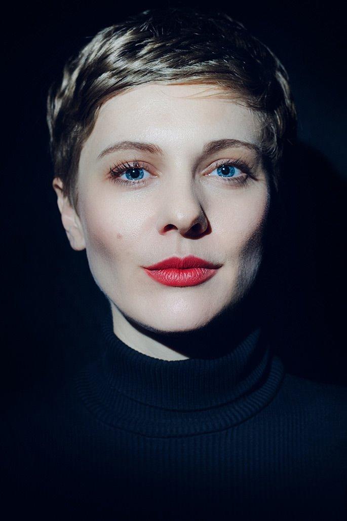 authentisches Portrait von der Schauspielerin Nadja Felk aus Köln